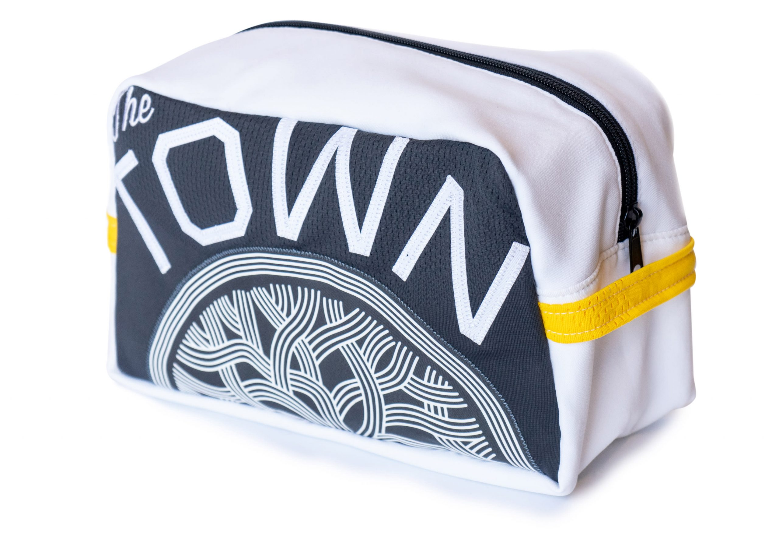 106386874 1581518147705warriors toiletry bag 01262 scaled