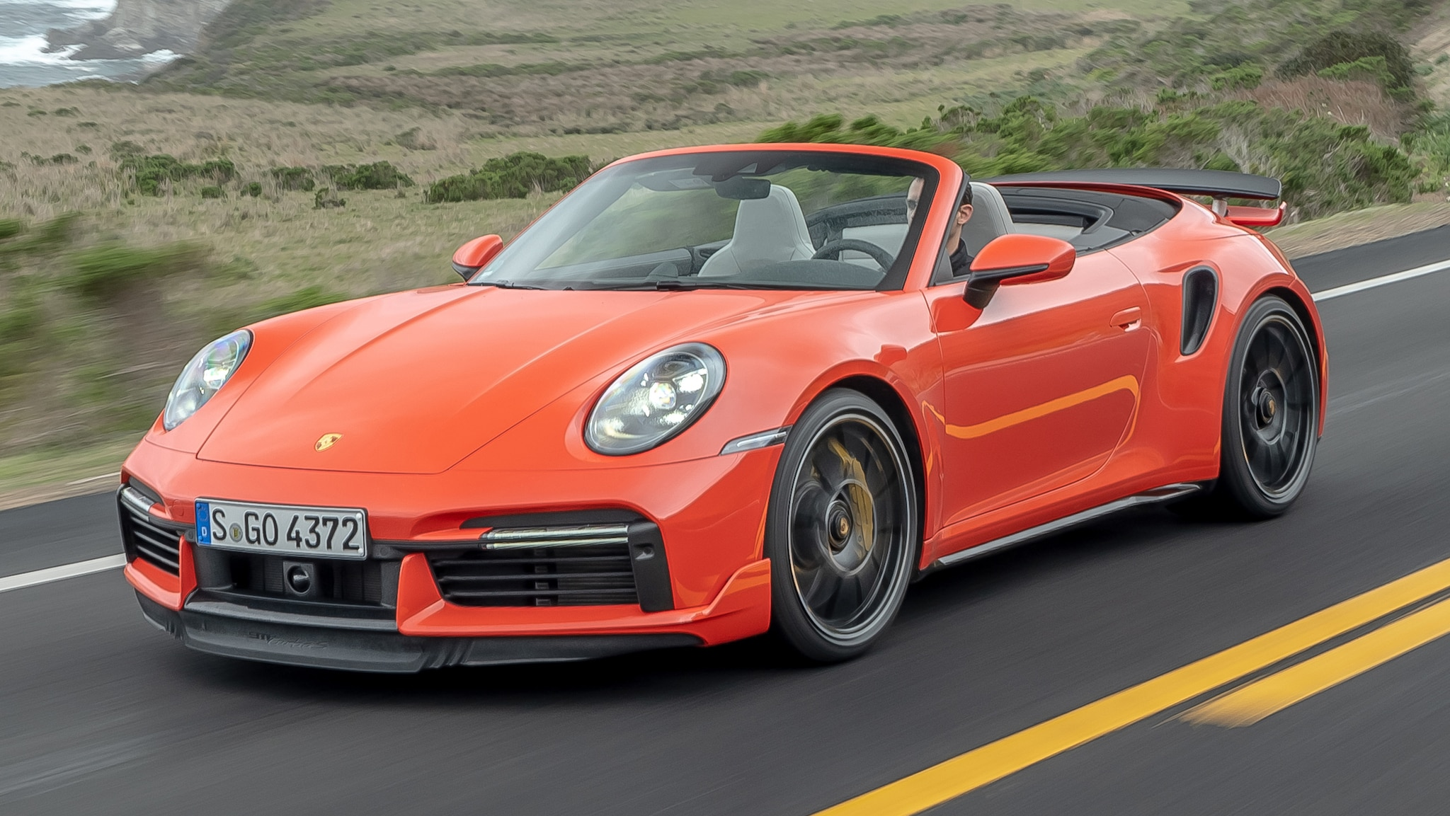 What S Included With The Sports Design Kit Of The 2021 Porsche 911 Turbo S Technology Shout