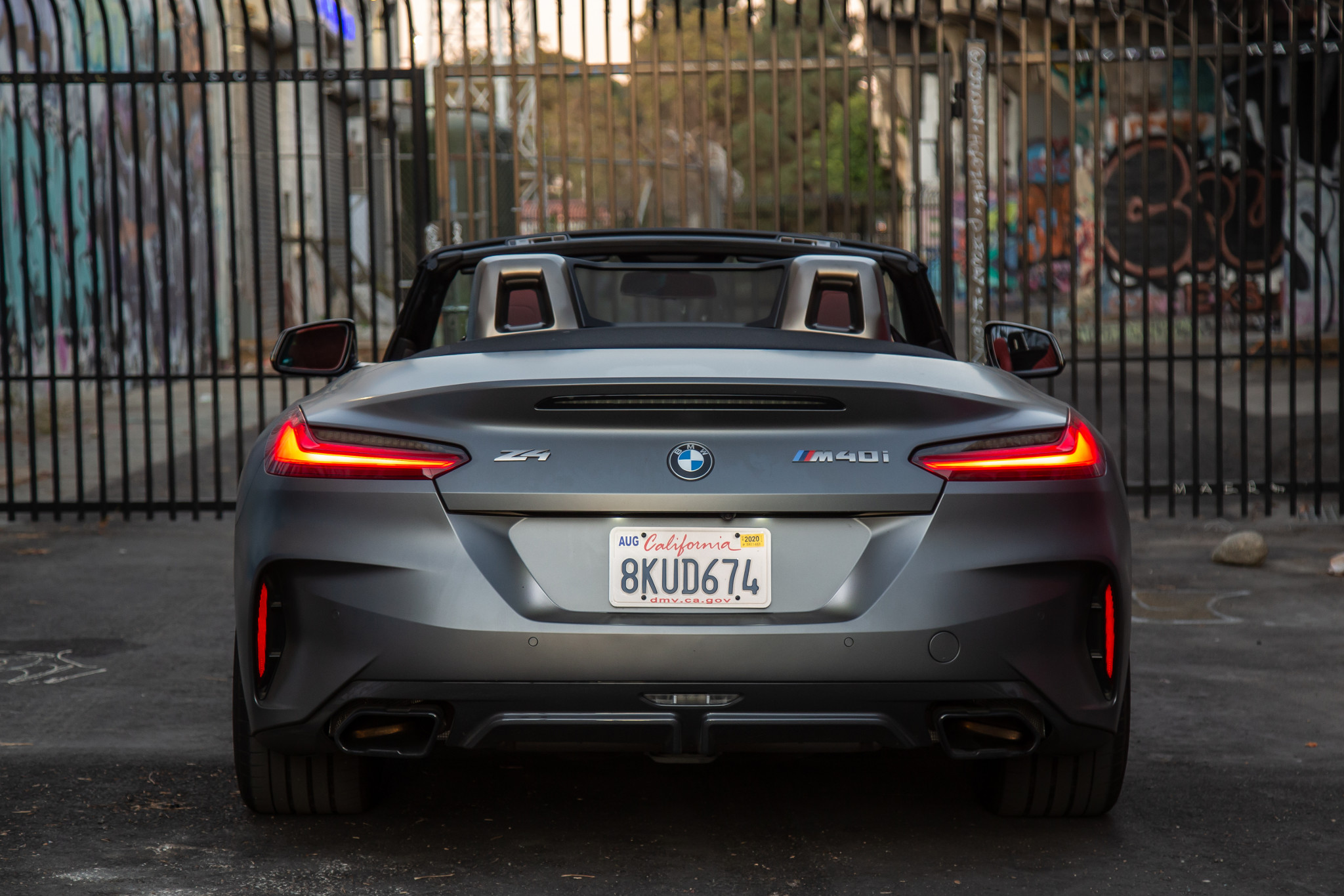 bmw z4 m40i sdrive 2020 14 exterior rear silver textures and patterns urban